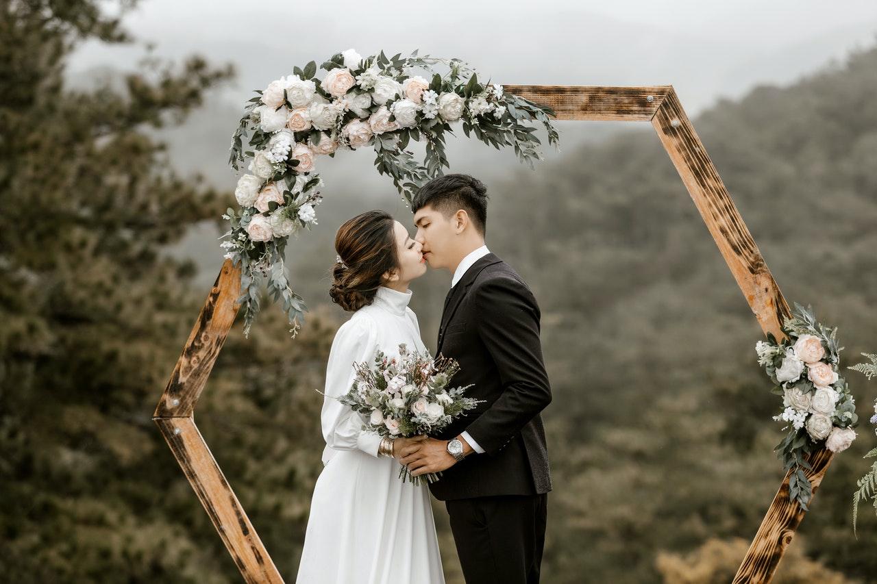 Strümpfe für die Braut